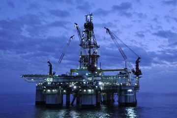 offshore rig istock 000008254986large